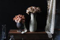 100均造花とプラスチック容器で簡単DIY「ヴィンテージアレンジ」! - pink pinko life