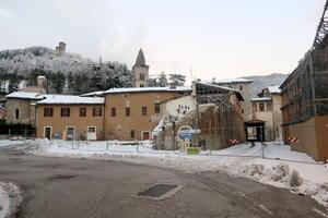 イタリア中部地震の爪痕の大きさ、ヴィッソの場合 - なおこのイタリア写真草子 Fotoblog da Perugia