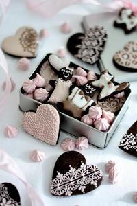 ストロベリー&チョコレートアイシングクッキー缶レッスンのお知らせ - Misako's Sweets Blog