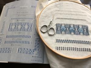 ドロンワークのSampler 5 - Needlework Note