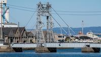 四日市港にある末広橋梁(日本で唯一の鉄道可動橋(跳ね橋)とDD51貨物) - シセンのカナタ