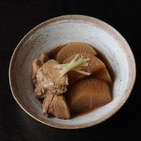 村木雄児さんの三島鉢にぶり大根 - 暮らし用品便り