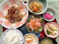サイコロステーキ★(^^♪・・・・・700円ランチ - 日だまりカフェ