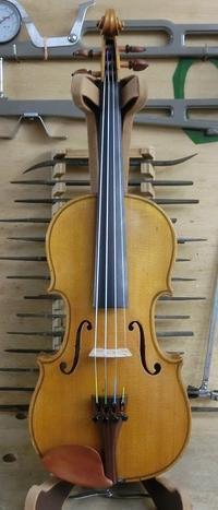 1/2サイズのバイオリン試奏できます。 - 村川ヴァイオリン工房