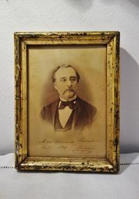19世紀紳士写真入り木製金彩額854 - スペイン・バルセロナ・アンティーク gyu's shop