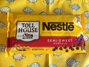 業務スーパー ネスレ トールハウス チョコチップ1002g アメリカ産 - 業務スーパーの商品をレポートするブログ