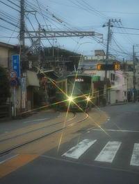江ノ電そこのけそこのけ列車が通る! - 風の香に誘われて 風景のふぉと缶
