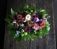 ご両親の結婚30周年にアレンジメント。「シックな感じ」。2019/01/17。 - 札幌 花屋 meLL flowers