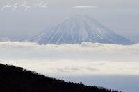 富士山に笠 - Ryu Aida's Photo