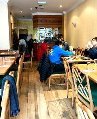マレーシア人が通う大衆的マレーシアンレストラン - タワーブリッジの麓より