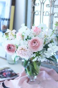 マシュマロカラーの春のお花 - Le vase*  diary 横浜元町の花教室