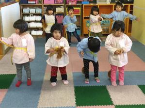 1月21日(月) 初めての舞台練習 - ともべ幼稚園 「ひろばの出来事」 <笠間市(旧友部町)>