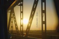 鉄橋から見る朝焼けの光景。 - ~風紋~徒然歳時記