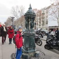 パリの泉 - パリ花時間