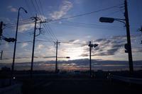 朝の交差点 - 節操のない写真館