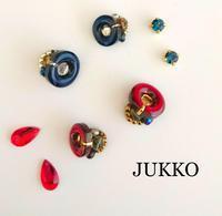 ボタンとビーズのアクセサリー - JUKKO