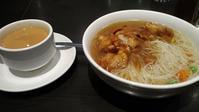 香港スタイル朝食、モントリオール味のポテチ、クレンジングブラシ - Canadian Life☆カナダ☆