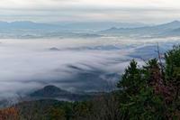 雲海~夜明けの鳥見山 - katsuのヘタッピ風景