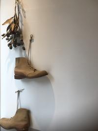 明日、1月29日(火)は定休日です。 - Shoe Care & Shoe Order 「FANS.浅草本店」M.Mowbray Shop