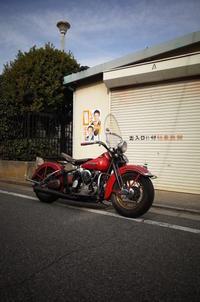 月曜日の授業風景2台のナックル試乗 - Vintage motorcycle study