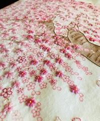 桜の刺しゅう、完成まであと少し♪ - y-hygge