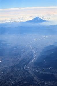 藤田八束の鉄等写真@瑞風そして貨物列車・・・どんな組み合わせ、鉄道は観光の核となれ、激写瑞風 - 藤田八束の日記