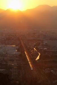 遠き山に日は落ちて② - 新幹線の写真