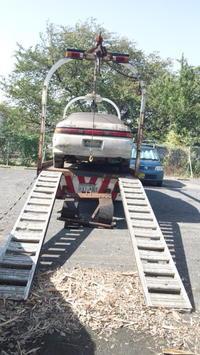富士宮市からレッカー車でパンクした不動車を廃車の引き取りしました。 - 廃車戦隊引き取りレンジャー