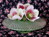 ウラン・ガラスの円型花器 -  Der Liebling ~蚤の市フリークの雑貨手帖2冊目~