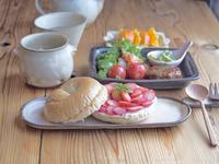 いちごベーグルサンドの朝ごはん - 陶器通販・益子焼 雑貨手作り陶器のサイトショップ 木のねのブログ
