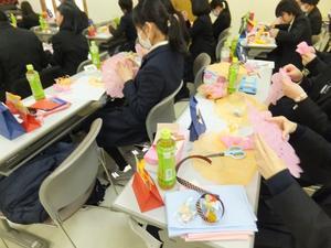 太田女子高校にてエコラッピング -