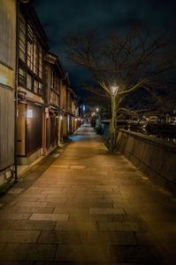 夜の主計町 - 鏡花水月