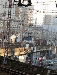 藤田八束の鉄道写真@都会を走る貨物列車も良いものだ、写真で激写・・・東海道本線神戸にて - 藤田八束の日記