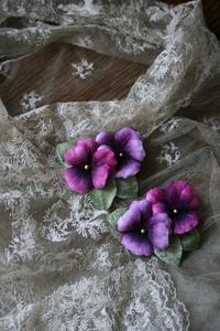 大人色したパンジー***2wayブローチ - 布の花~花びらの行方 Ⅱ