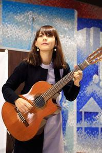 上前津駅での演奏、ありがとうございました! - 愛知・名古屋を中心に活動する女性ギタリストせきともこのブログ
