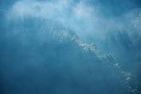 霧残る朝 - 但馬・写真日和