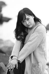 楠木ゆりあちゃん13 - モノクロポートレート写真館