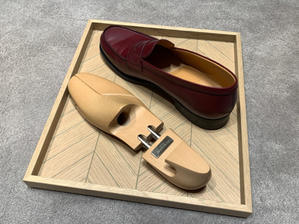 I've bought a shoe horn and shoes trees - PATEK PHILIPPE Blog by Luxurydays.