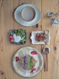 キーマカレーの朝ごはん - 陶器通販・益子焼 雑貨手作り陶器のサイトショップ 木のねのブログ