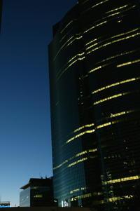 残像の記憶、東京・汐留 - K.Sat写真の目線