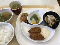社食のカキフライが少量で…。笑 - よく飲むオバチャン☆本日のメニュー