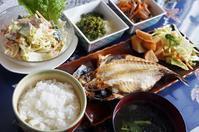 ■THE・朝ご飯【鯵の干物焼き/北京ダック入りパスタサラダ/他】 - 「料理と趣味の部屋」