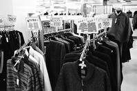 冬物半額セールと爆買いの終焉 - 照片画廊
