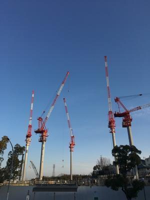吹田市津雲台、大阪大学グローバル・ビレッジのタワークレーン - Air Born Japan 日本の空を、楽しもう!
