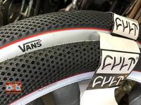 VANS x CULT タイヤ 26x2.10 入荷いたしました! - みやたサイクル自転車屋日記