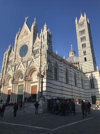 シエナのドゥオモ、入場無料は今月末迄どす! - フィレンツェのガイド なぎさの便り