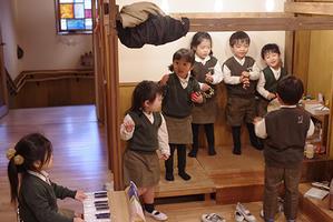 和音。ー②ー - 陽だまりの小窓 - 菊の花幼稚園保育のようす