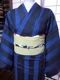 紺色紬、黄色の帯とでスッキリカッコよく。 - 京都嵐山 着物レンタル&着付け「遊月」