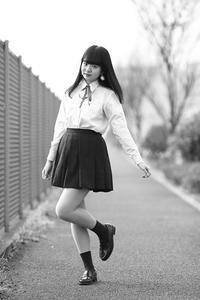 川本好華ちゃん27 - モノクロポートレート写真館
