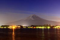 31年2月の富士(20)河口湖の冬花火と富士 - 富士への散歩道 ~撮影記~